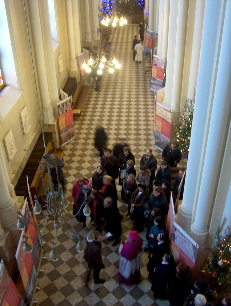 Nella foto: la mostra allestita nella Cattedrale Immacolata Concezione