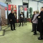 Marcallo (MI) - Don Luigi Verga, parroco di Bareggio, presenta la mostra