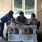 Fisciano (SA) - Il banchetto di accoglienza con i ragazzi pronti per le visite guidate alla mostra