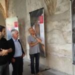 Bolzano - Luca Bertolini illustra la mostra al prof. Felix Resch