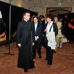 Settimo San Pietro - Don Elenio Abis guida la visita al termine dell'incontro